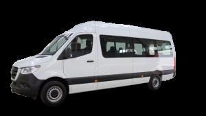 Furgoneta minibus de alquier con capacidad de carga